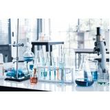 aparelhos de vidro para laboratório de medicamentos